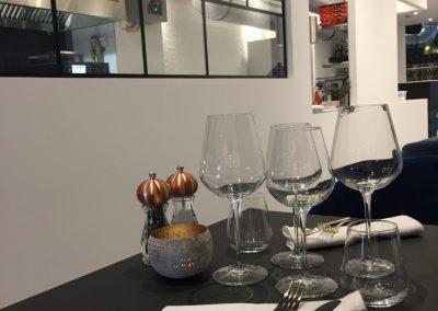 salle-restaurant-mange-debout